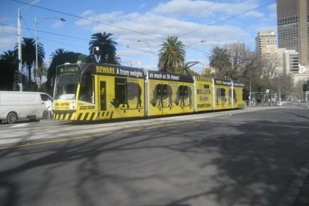 Trem Listrik di Kota Melbourne