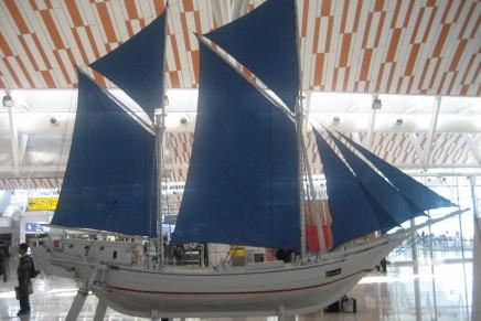 Replika Kapal Phinisi di Bandara Sultan Hasanuddin